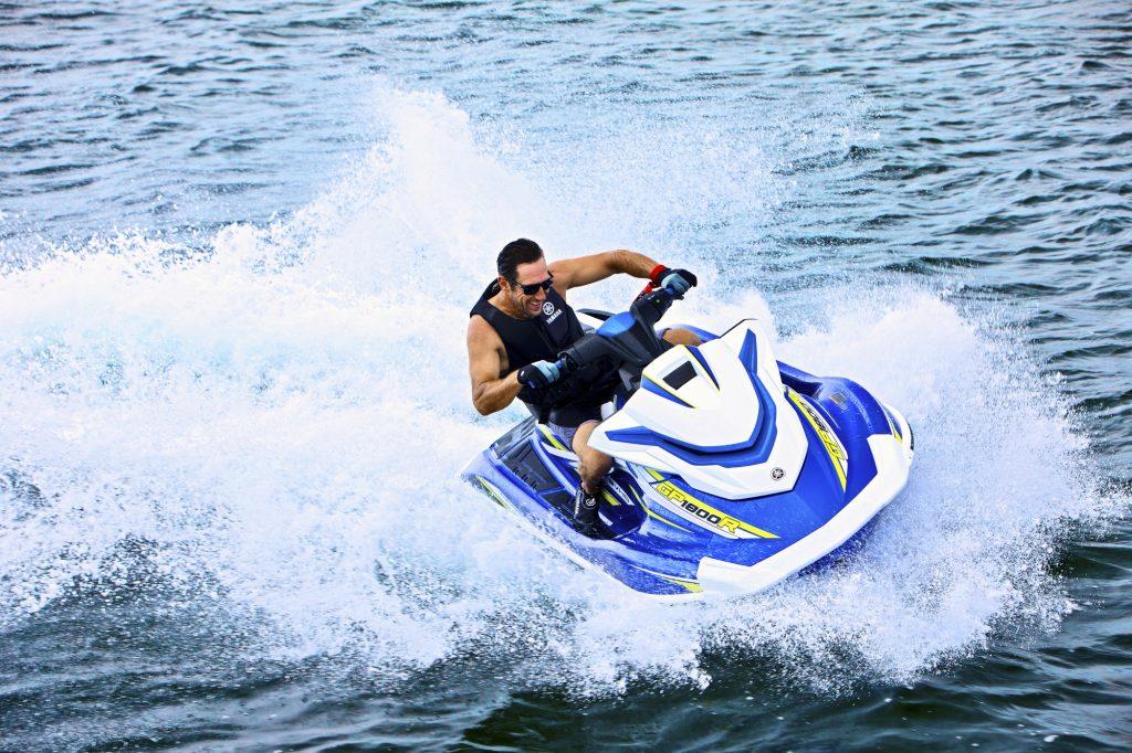 2019-Yamaha-GP1800-EU-Azure_Blue_Metallic-Action-001